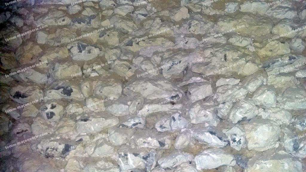 rejointoyer mur en pierre